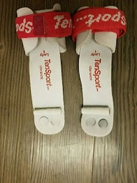 white and red Supreme socks Arlington, 22201