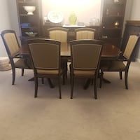 Dark Cherry Dining table with 8 chairs and leaf extension Oshawa