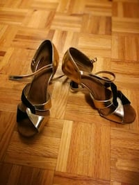 Dance shoes size 7 Toronto, M9A 4M8