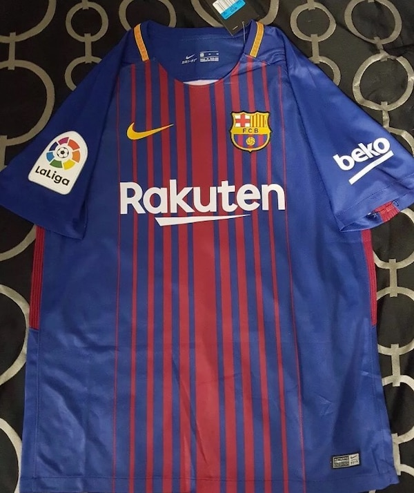 differently c885b efe97 Lionel Messi Home Jersey