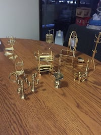 gold-colored assorted home appliance miniature