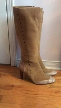 pair of brown suede heeled boots Mississauga, L5E 3J1