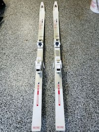 Skis size appx 165 McLean, 22101