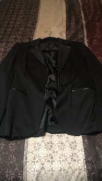 Black notch lapel suit jacket Las Vegas, 89117