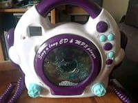 Sing along CD and MP3 player ( used once) Bakersfield