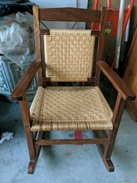 Wooden Rocking Chair Brampton, L7A 1H1