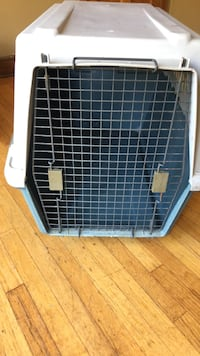 white and black pet carrier Chicago, 60641