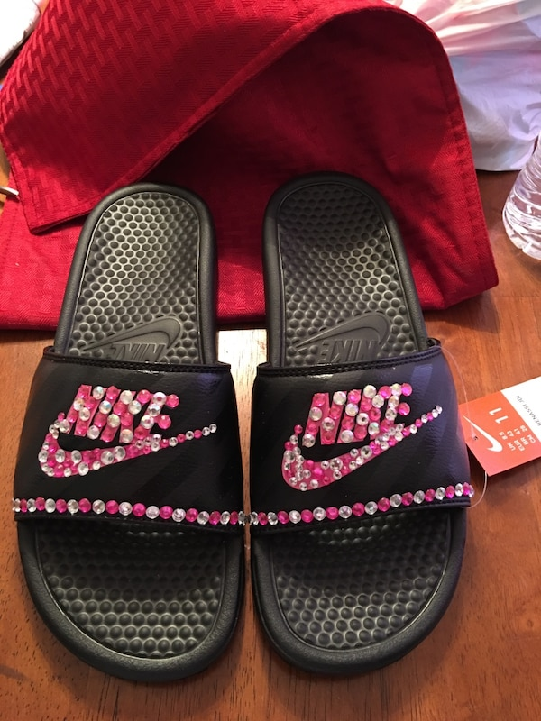 ad95813a1690 Used gray black pink and white nike sandals for sale in Lovejoy - letgo