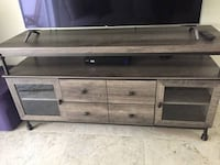 """NEW  Oakside TV Stand for TVs up to 60"""" FORTLAUDERDALE"""