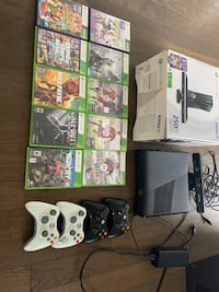 XBOX 360 with Kinect, 10 Games and 4 controllers Ottawa, K2V 0J5