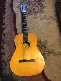 Guitar great for beginners Taneytown, 21787