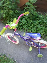 toddler's purple and pink bicycle Montreal, H4J