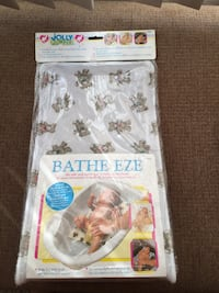Jolly Jumper Bathe Eze - Bear Print the safe and easy way to bathe a newborn Calgary, T3E 6L9