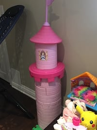Pink castle toy. Transforms into 4 stools and table