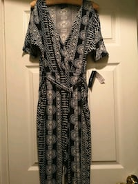 Romper dress Medium Brampton, L6T 2K3