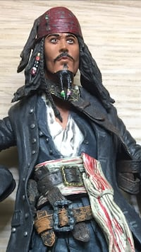 2 8 inch Pirates of the Caribbean figures