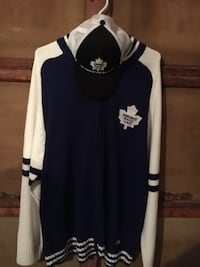 Large Leafs Zip Up Sweater & Hat