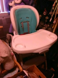 baby's white and teal high chair Anaheim, 92804