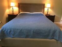 Queen bed in an excellent condition  Springfield, 22152