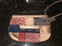 Coach Wristlet Bay Village, 44140