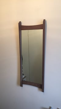 Vintage / antic mirror . Wood.