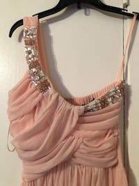 Rose Pink Size 3 Dress W/a slit  Pasadena, 77502