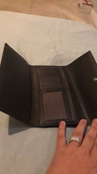 Black leather bi-fold wallet Falls Church, 22042