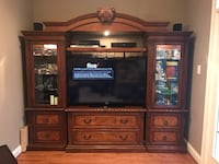 Wood/glass entertainment center (w/lights) Gaithersburg, 20877
