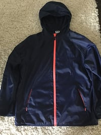Ladies size xl windbreaker (Like New)  Milton