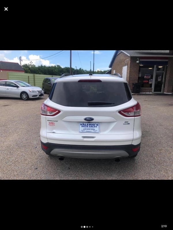 2015 Ford Escape c891860a-6484-40f9-a800-7c353a3913a3