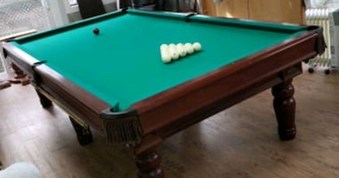 Pool table, Russian billiard table