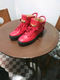 RED BUSCEMI SNEAKERS SIZE 8 MEN  Silver Spring, 20902