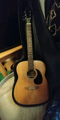 Airline acoustic guitar Goodview, 24095