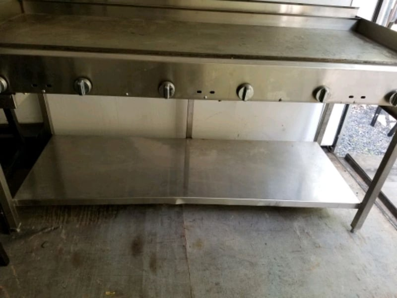 FLAT GRILL 72 INCH STAINLESS 3
