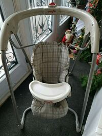 Excellent swing and can be used as a feeding chair