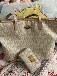 MK bag with matching wrist wallet  Calgary, T2L 2A5