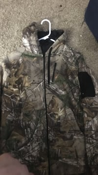 hunting camouflage zip-up hooded jacket Enid