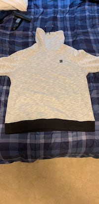 UA Pullover Germantown, 20874