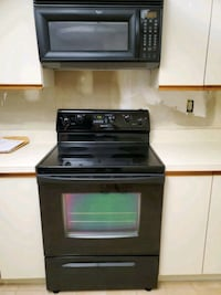 stove and microwave  Clearwater, 33761