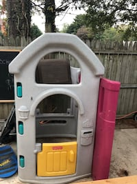 Kids fisher price playhouse Kensington, 20895