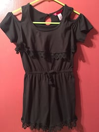 black scoop-neck cap-sleeved dress Fort Payne, 35967