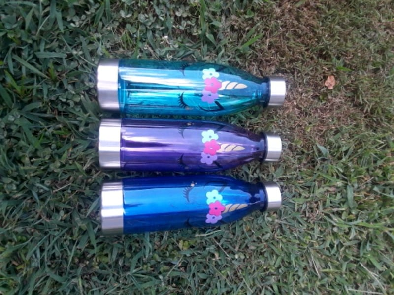 unicorn water bottles a2387e69-d397-4a84-83a7-4228294331b1