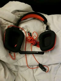 black and red corded headphones Toronto, M6H 1W4