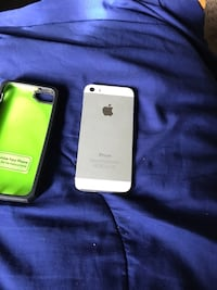 silver iPhone 5s and green case Oakland, 94612