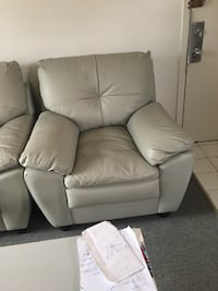 white leather padded sofa chair Longueuil, J4K