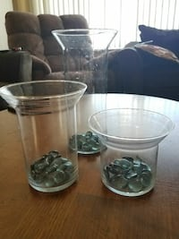 3pc Staggered Glass Vase Set w/Pebbles