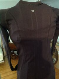 LuluLemon workout or casual top. Maroon new without tag xs Toronto, M9R 3J3