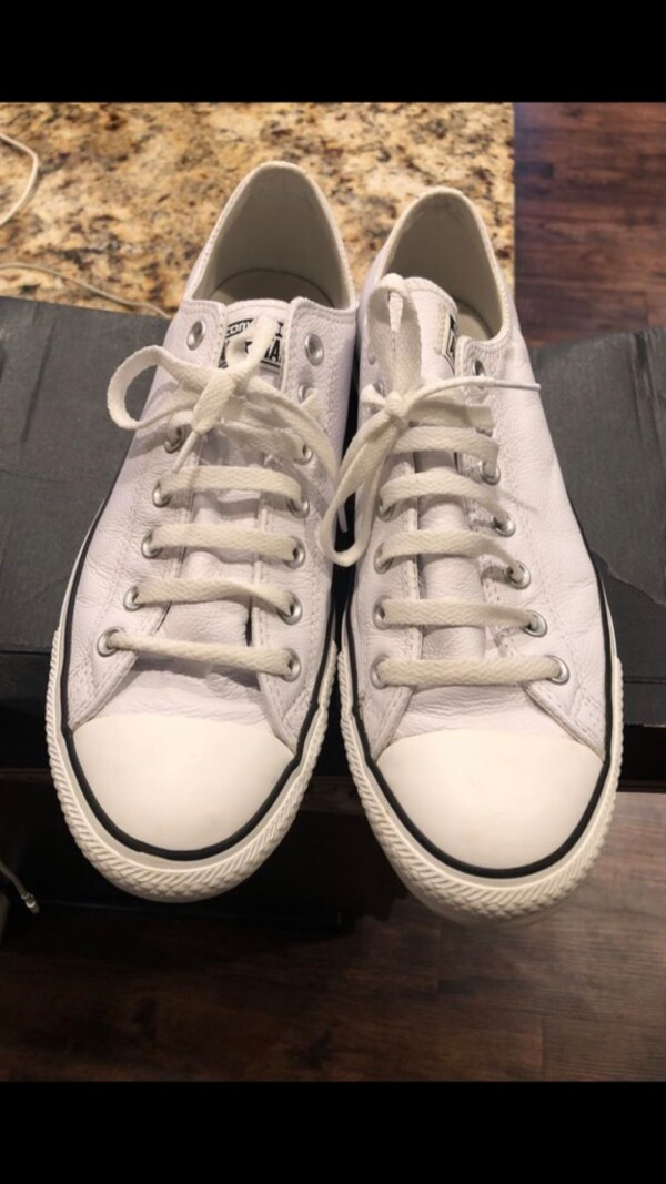11674ecd6e71fd Used Converse Low- Leather Ox (Used Good Condition) for .