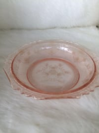 Antique/vintage/retro pretty pink glass decor  bowl plate Toronto, M5H 1X9