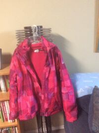 Youth  pink and winter jacket  New Tecumseth, L9R